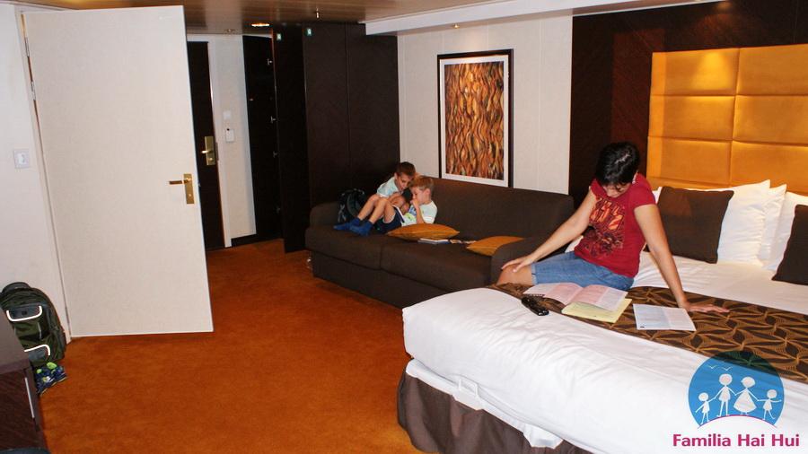 croaziere cu copii, MSC Cruises, MSC Divina, stateroom
